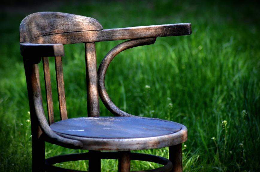 chair-1379582_1920