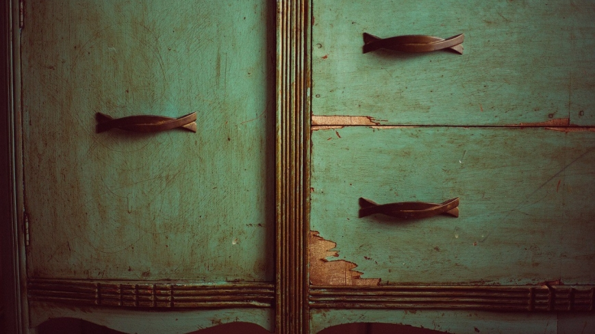 cupboard-349935_1280