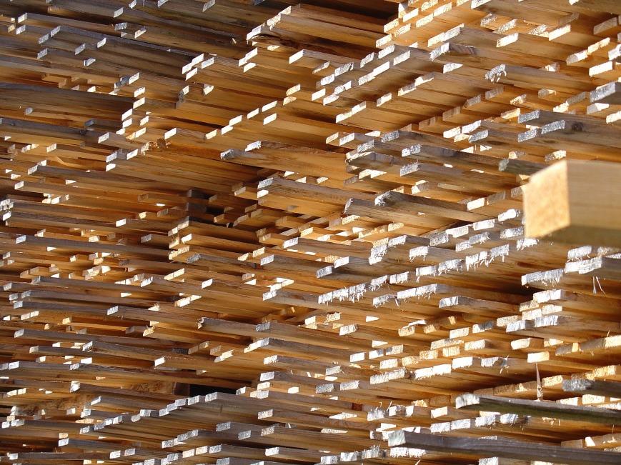 firewood-702641_1920